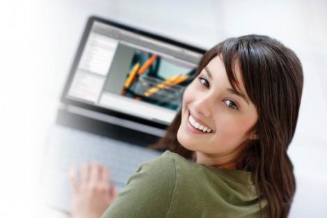 Easyclass.com platforma online de Learning Managment System acum si in Romania
