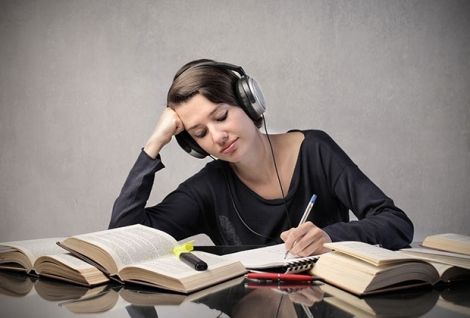 Cum te poate ajuta muzica sa fii mai productiv in sesiune