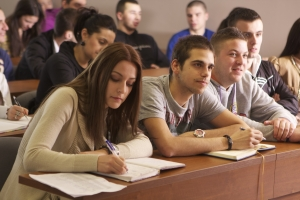 UBB va avea peste 9.400 de studenti noi din toamna
