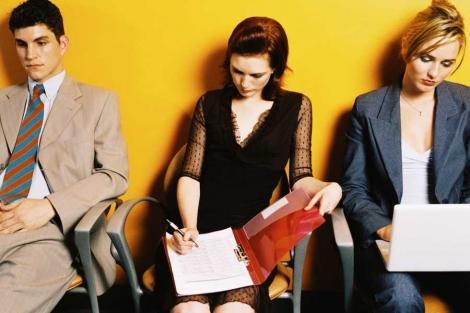 Care sunt atuurile in CV-ul Juniorilor - experienta extracurriculara sau studiile?