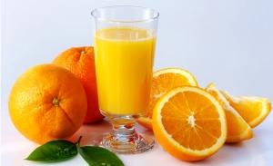Beneficiile banalului suc de portocale