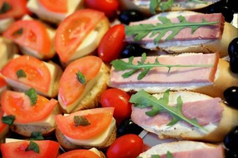 Obiceiurile alimentare proaste, din tinerete, ne pot afecta sanatatea pe termen lung