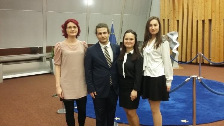 Studentii Facultatii de Drept au dat pe spate European Human Rights Moot Court Competition