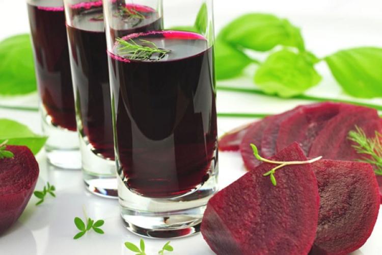 Berea cu sfecla rosie si ciocolata cu lucerna - specialitati USAMV