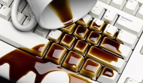 Ce faci daca ai varsat lichid pe laptop?