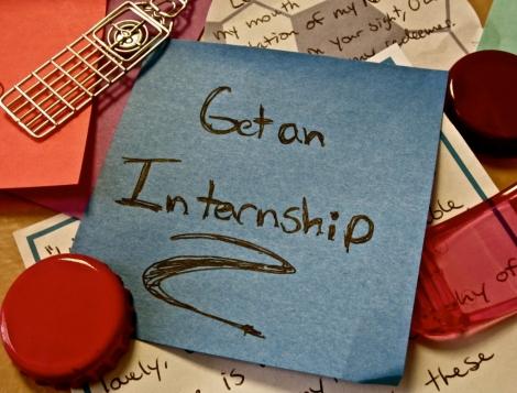 In cautarea unui internship? Esti la un click distanta!