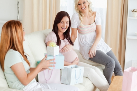 5 idei de cadouri pentru mamici si copii
