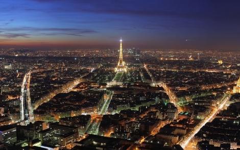 Companiile franceze ofera burse studentilor romani