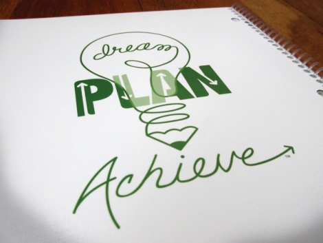 """Participa la concursul """"Dream. Plan. Achieve!"""" si poti castiga o invitatie la trainingul """"Facand imposibilul posibil. Stiinta realizarii"""""""