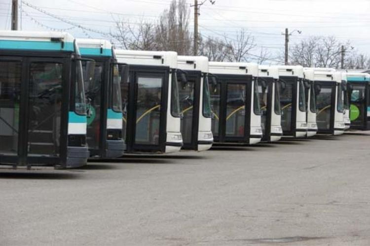 Abonamente gratuite de transport pentru zonele metropolitane. Locul de ridicare si documentele necesare