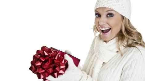 Idei de cadouri pentru EA de Craciun
