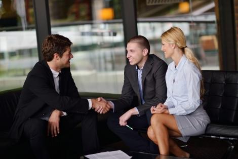 Fonduri nerambursabile de la stat de pana la 10 000 lei pentru tinerii antreprenori