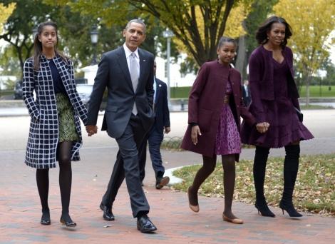 Michelle Obama este in cautarea unei facultati pentru fiica ei