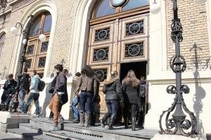 Admitere record pentru UBB - 14.500 candidati in primele 8 zile de admitere