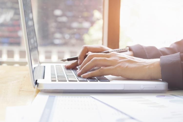Cele mai bine plătite site-uri pentru chestionare online