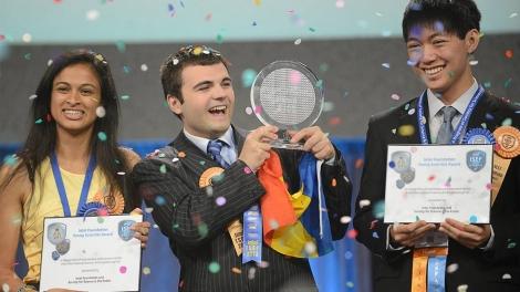 Interviu : Ionut Budisteanu castigatorul marelui premiu Intel ISEF 2013
