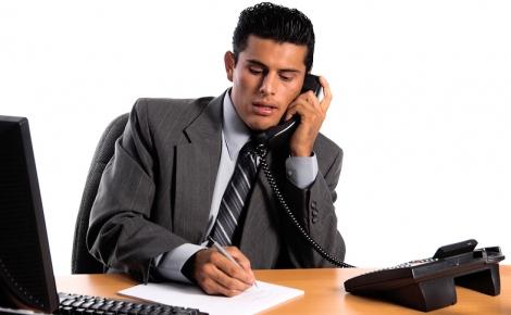 Trucuri pentru a trece de interviul prin telefon