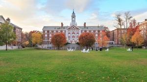 In topul clasamentului Shanghai 2017 se afla Universitatile Harvard si Stanford