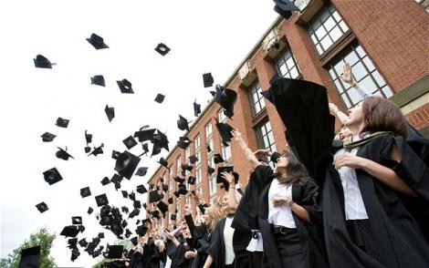 Curatenie generala in cadrul universitatilor: vor disparea peste 120 de specializari