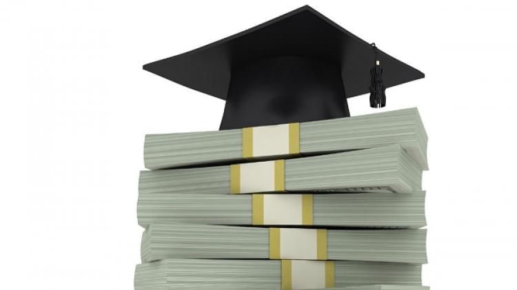 Studentii vor putea beneficia de credite, incepand cu urmatorul an universitar
