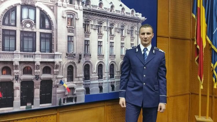 [interviu] cu Marian Godina - politistul blogger cu peste 100.000 like-uri online