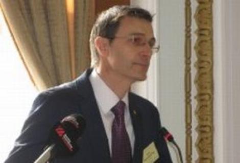"""Parteneriate stiintifice ale Universitatii de Vest ,,Vasile Goldis"""" cu UBB si UMF Cluj"""