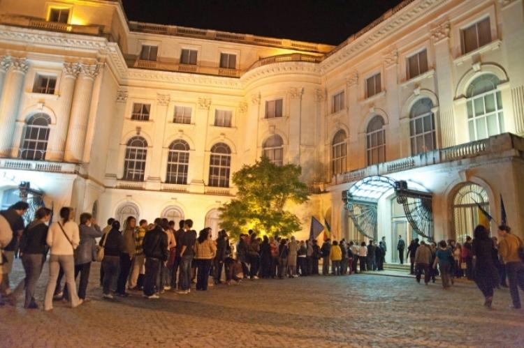 Premiera pentru Noaptea Muzeelor din acest an: publicul trebuie sa foloseasca telefonul mobil