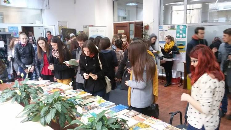 """Bursa Sociala Speciala """"Student pentru student"""" - proiectul lunii noiembrie la UBB"""