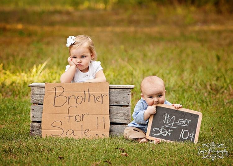 """12 imagini care dovedesc cat de """"bine"""" e sa ai frati/surori"""