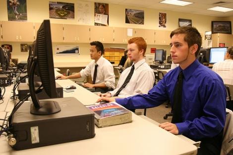 Cum sa devii specialist IT fara diploma de licenta?