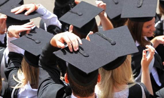 Fabricarea de diplome: din nou in trend