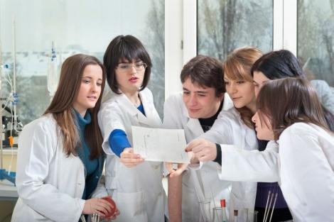 """Zilele Universitatii de Medicina si Farmacie """"Iuliu Hatieganu"""" pe 2-6 decembrie la Cluj"""