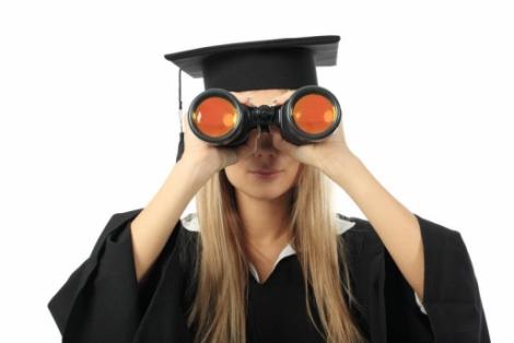Topul facultatilor care iti aduc salarii dupa absolvire de peste 3.000 lei