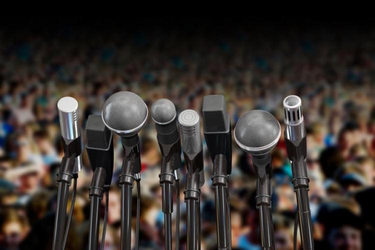7 exercitii utile pentru a trece peste frica de a vorbi in public