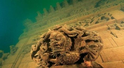 5 orase subacvatice care merita vazute. Cel putin in fotografii :)
