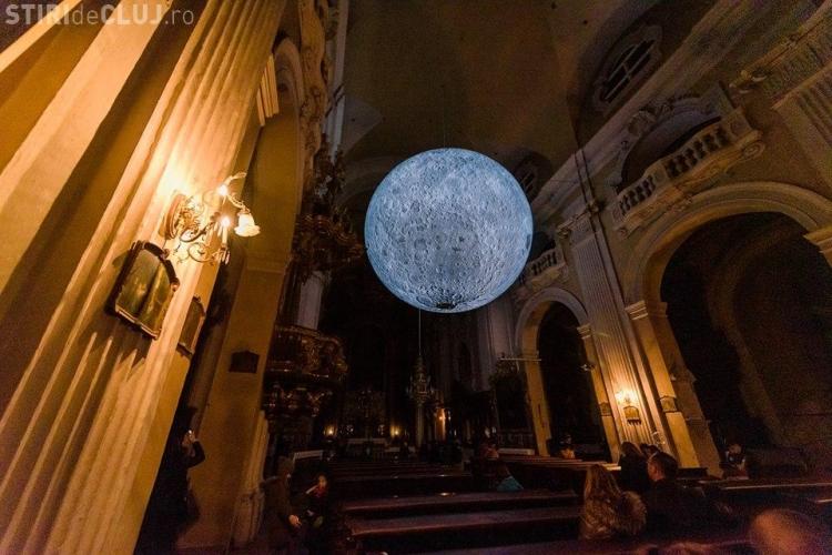 Luna uriasa din Biserica Piaristilor va putea fi vizitata din nou, dar cu anumite restrictii