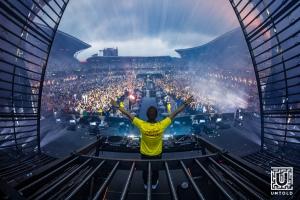 Transmisiunea live a show-ului lui Armin van Buuren este pe primul loc in topul Billboard