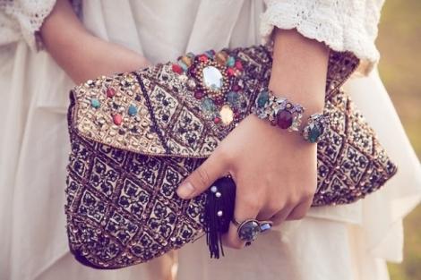 Sugestii de accesorii pentru stiluri vestimentare