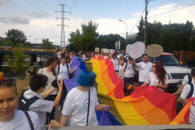 Circa 500 de persoane au luat parte la marsul organizat de comunitatea LGBT din Cluj
