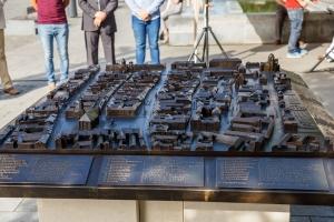 Macheta de bronz a zonei centrale a Clujului a fost amplasata in Piata Unirii