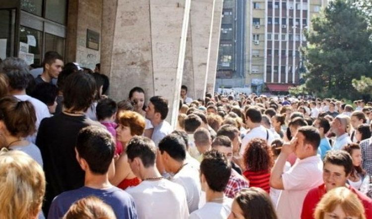 Peste 1.400 de candidati si-au depus dosarele de admitere ls UBB in prima zi