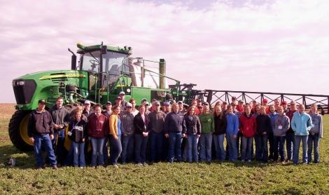 Specializarea in agronomie iti poate aduce un salar de 3.500 lei