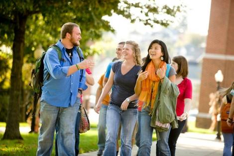 10 motive sa mergi pe jos la facultate
