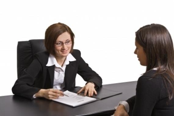 "10 Intrebari ,,altfel"" puse la un interviu"