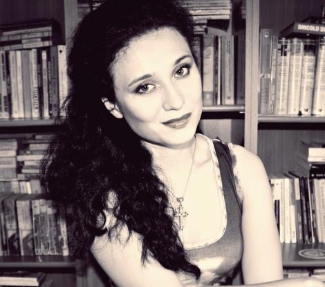 Interviu Alina Maria Grigore - autoarea romanului Sarutul Ingerului