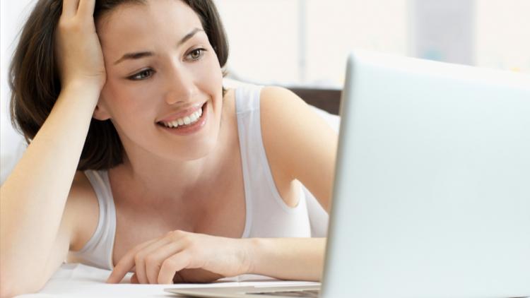 Femini.ro recomanda cititul online cat si offline