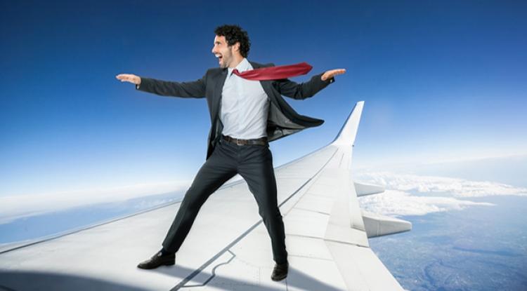 """""""Invinge'ti frica de zbor!"""" - proiect marca UBB"""