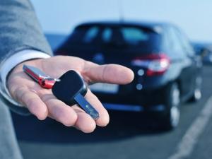 Super ghid – cum alegi agentia rent a car potrivita nevoilor tale