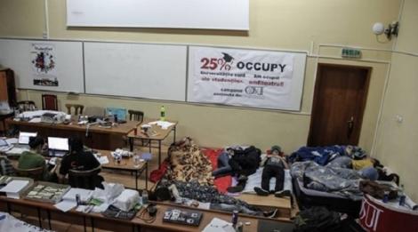 Studentii protesteaza si la Cluj in amfiteatrul Facultatii de Psihologie