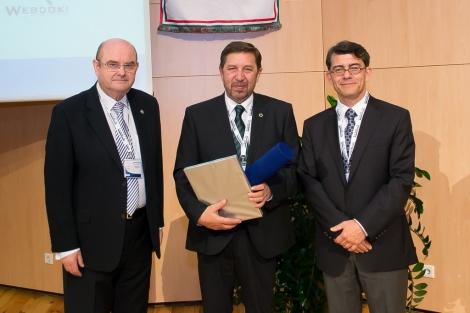 Membru de Onoare al Asociatiei Nationale de Diabet din Ungaria - conf. dr. Ioan Andrei Veresiu